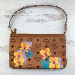 Auth MCM Viseto Floral Leather Pouch Clutch Bag 🆕